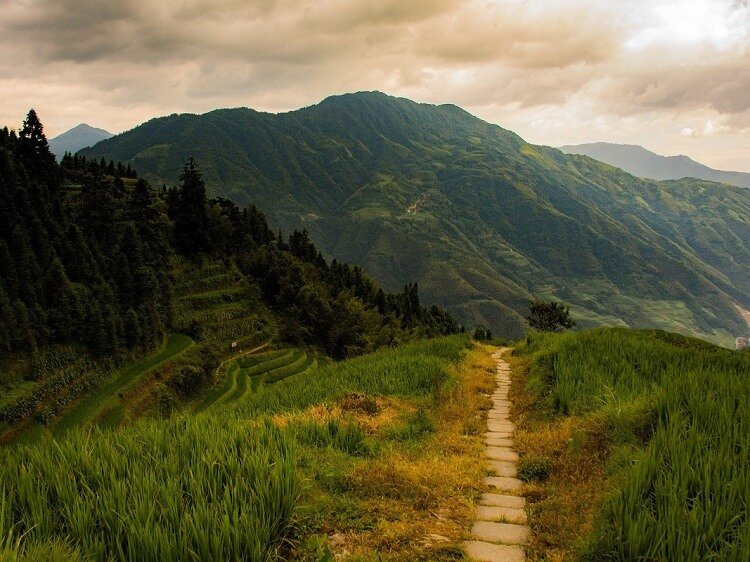 Hiking trail in Yangshuo