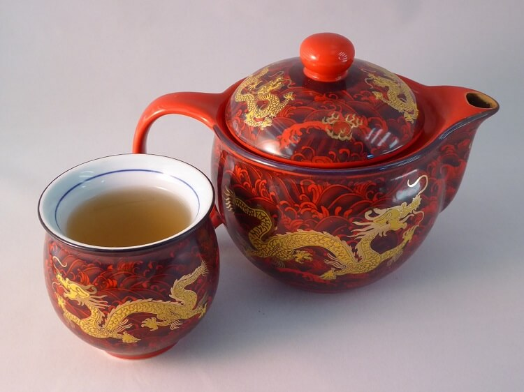 Chinese teapot and tea cup