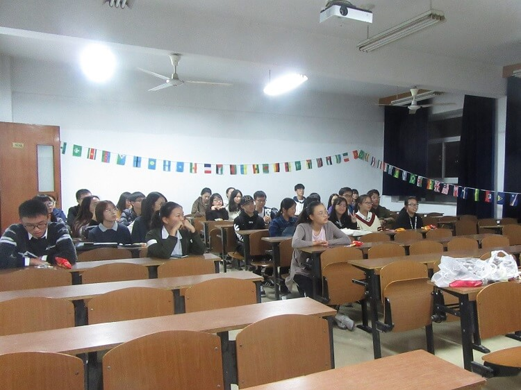 28 ways you can get screwed by your school in China