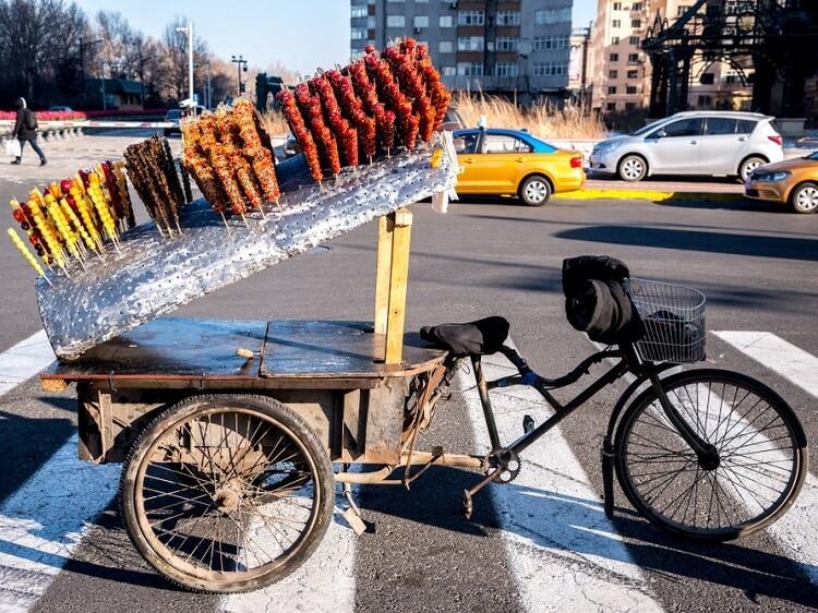 Chinese street food bing tanghulu