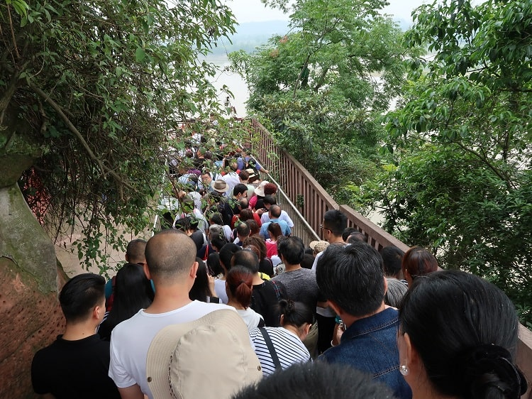 Crowded staircase at Giant Buddha Leshan