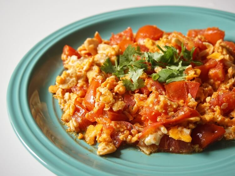 Scrambled eggs and tomato - one of the classic foods from China