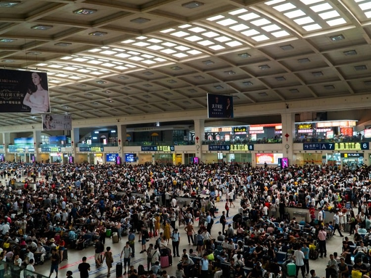 Avoid holiday crowds when planning a trip to China