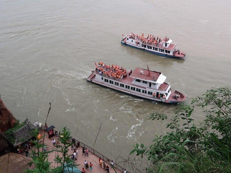 Boats at Giant Buddha Leshan
